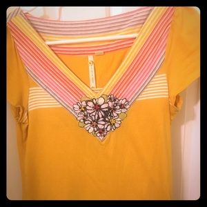 Little yellow button Anthropologie top